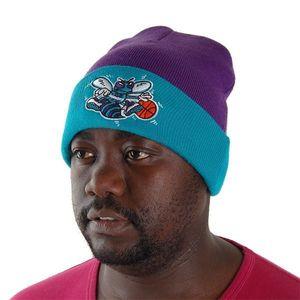 low priced b85c8 7ee2b Mitchell   Ness NBA Charlotte Hornets Beanie Purple MN-NBA-EU174 - Uni