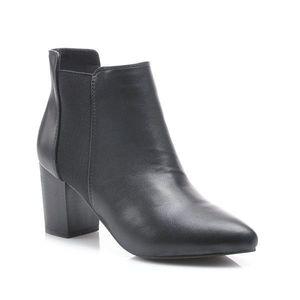 a817174043197 Klasické čierne členkové topánky na stĺpiku (33 kúskov) - ModaModa.sk