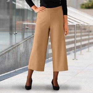 Krátke nohavice so záhybmi horčicová 46 vyobraziť