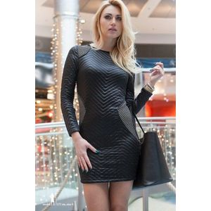 Čierne šaty s aplikáciami vyobraziť