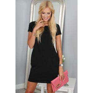 Obľúbené čierne šaty vyobraziť