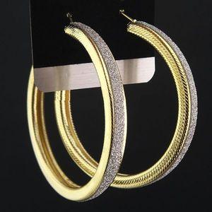 Náušnice Big Circle Charm - Zlatá KP1497 vyobraziť