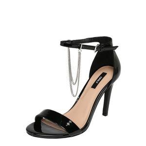 ONLY Remienkové sandále 'AILA CHAIN' čierna vyobraziť