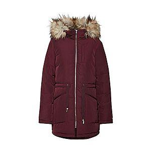 Červená zimná predĺžená bunda vyobraziť
