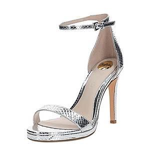 BUFFALO Remienkové sandále 'JANNA' strieborná vyobraziť