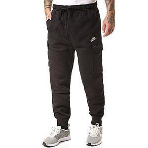 Nike Sportswear Nohavice 'Club' čierna vyobraziť