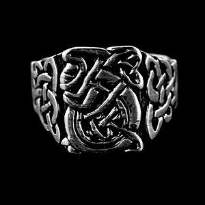 Strieborný prsteň vyobraziť
