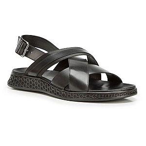 Praktické letné sandále pre pánov. vyobraziť