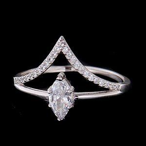 Strieborný prsteň 62670 vyobraziť