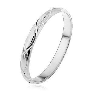 Strieborný prsteň 925 - gravírované obrysy zrniečka H12.8 vyobraziť