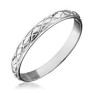Strieborný prsteň 925 - prepletané gravírované slzy H10.19 vyobraziť