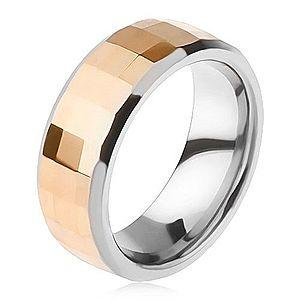 Volfrámový prsteň - dvojfarebný, geometricky brúsený pás zlatej farby K3.18 vyobraziť