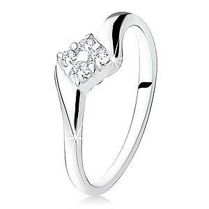 Strieborný zásnubný prsteň 925, štvorec zo zirkónov medzi ramenami S68.02 vyobraziť