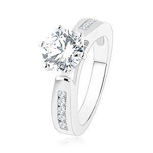 Zásnubný prsteň, zdobené ramená, okrúhly číry zirkón, výrezy, striebro 925 SP47.27 vyobraziť