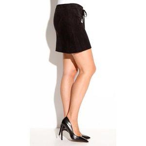 Ultra krátka sukňa z imitácie semišu čierna 42 vyobraziť