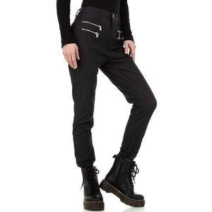 Koženkové nohavice vyobraziť