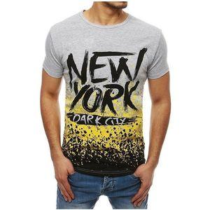 Sivé tričko s nápisom vyobraziť