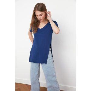 Dámske tričko Trendyol Asymmetric vyobraziť
