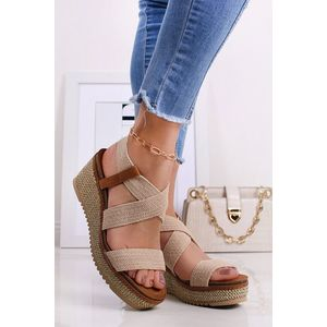 Béžové platformové sandále 72923 vyobraziť