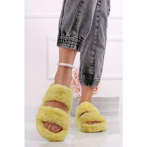 Žlté plyšové sandále Memphis vyobraziť