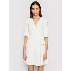 Marciano Guess Koktejlové šaty 1GG743 9529Z Biela Regular Fit vyobraziť