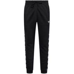 Reebok Teplákové nohavice Essentials Tape GQ4215 Čierna Regular Fit vyobraziť