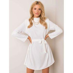 White dress with a tie vyobraziť