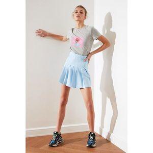 Trendyol Light Blue Pleated Skirt vyobraziť