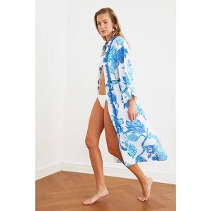 Trendyol Blue Tassel Detailed Kimono & Kaftan vyobraziť