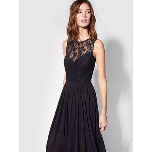 Morgan Večerné šaty 211-REMARIE Čierna Regular Fit vyobraziť