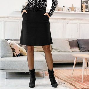Sukňa z Milano úpletu čierna 42 vyobraziť