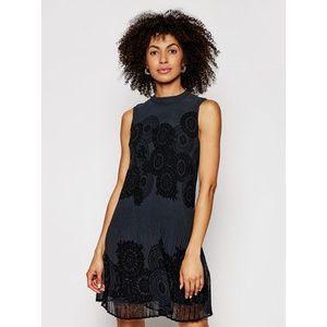 Desigual Každodenné šaty Toronto 21SWVW61 Tmavomodrá Regular Fit vyobraziť