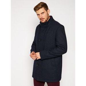 Vlnené kabáty vyobraziť