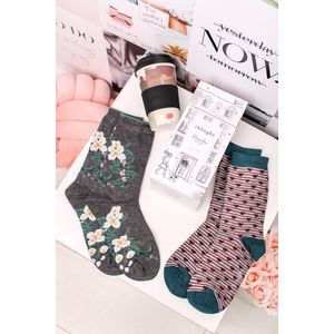 Darčekový set hrnček + ponožky Floral Bamboo Cup & Socks Gift Set vyobraziť