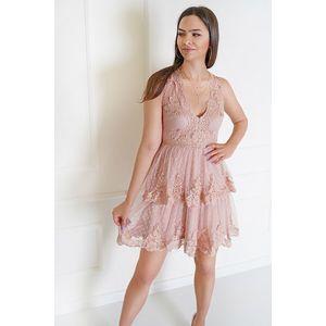Béžové čipkované krátke šaty Katie vyobraziť