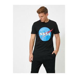 Koton Male Black Nasa Licensed Printed T-shirt vyobraziť