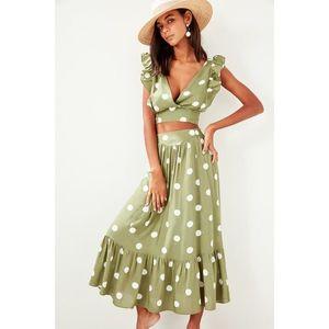 Dámsky komplet, sukňa, crop top vyobraziť