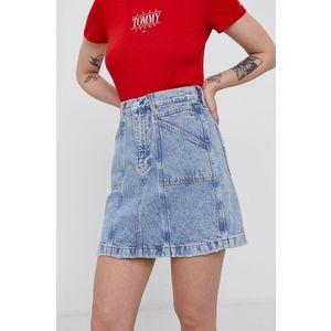 Tommy Jeans - Bavlnená rifľová sukňa vyobraziť