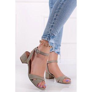 Mätové semišové sandále na hrubom podpätku 1-28281 vyobraziť
