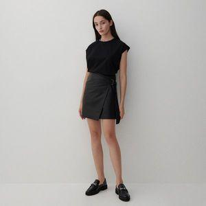 Reserved - Kožená sukňa - Čierna vyobraziť