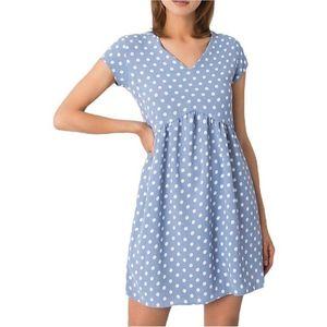 Svetlo modré mini šaty s bodkami vyobraziť