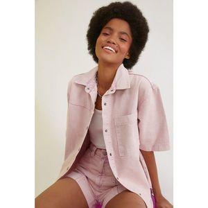 Trendyol Pocket Detail Denim Shirt WITH Pink Wash Effect vyobraziť