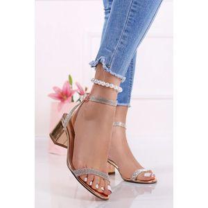 Ružovozlaté sandále na hrubom podpätku Hallie vyobraziť