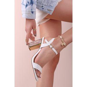 Bielo-transparentné sandále na hrubom podpätku Nada vyobraziť