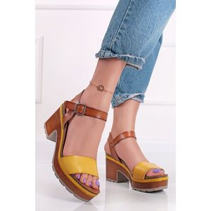 Žlto-hnedé sandále na hrubom podpätku 72707 vyobraziť