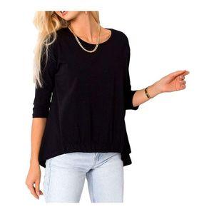 čierne dámske tričko vyobraziť