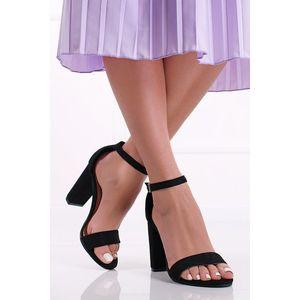 Čierne sandále na hrubom podpätku Ranis vyobraziť