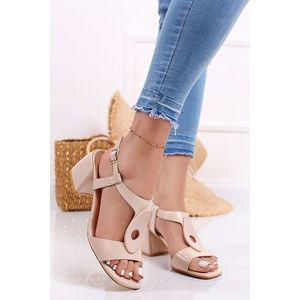 Béžové lakované sandále na hrubom podpätku Marta vyobraziť