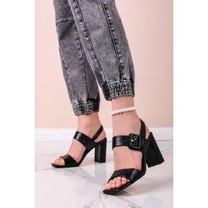 Čierne sandále na hrubom podpätku 5-28303 vyobraziť