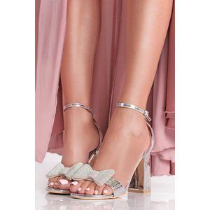 Strieborné sandále na hrubom podpätku Crystelle vyobraziť